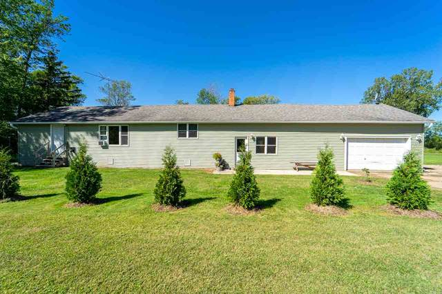 N3799 Hwy M, Hortonville, WI 54944 (#50230176) :: Town & Country Real Estate