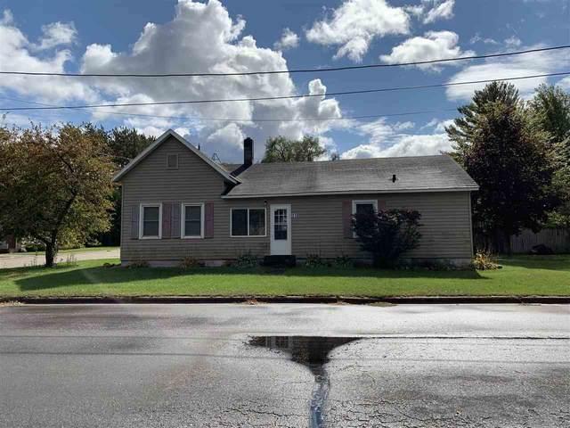 315 E Sumner Street, Weyauwega, WI 54983 (#50230200) :: Ben Bartolazzi Real Estate Inc