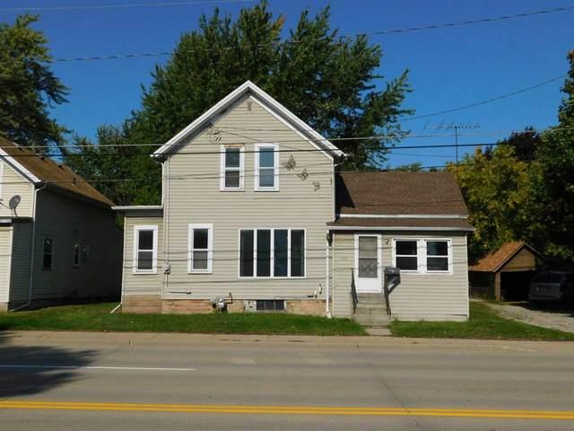 907 Lawe Street, Kaukauna, WI 54130 (#50230242) :: Carolyn Stark Real Estate Team