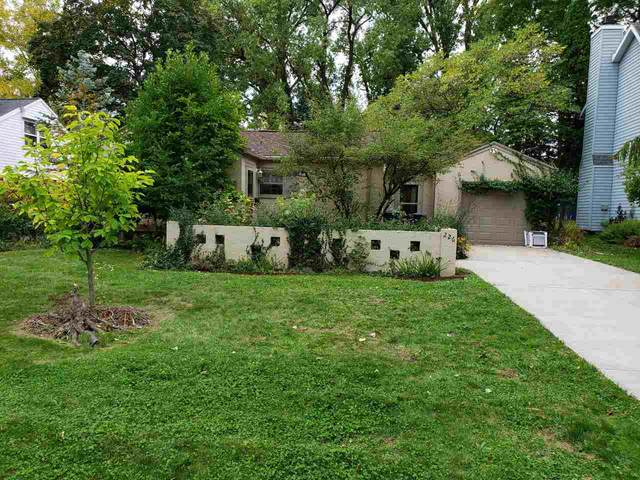 226 Beaupre Street, Green Bay, WI 54301 (#50230255) :: Ben Bartolazzi Real Estate Inc