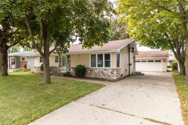 1261 Maple Street, Neenah, WI 54956 (#50230268) :: Dallaire Realty