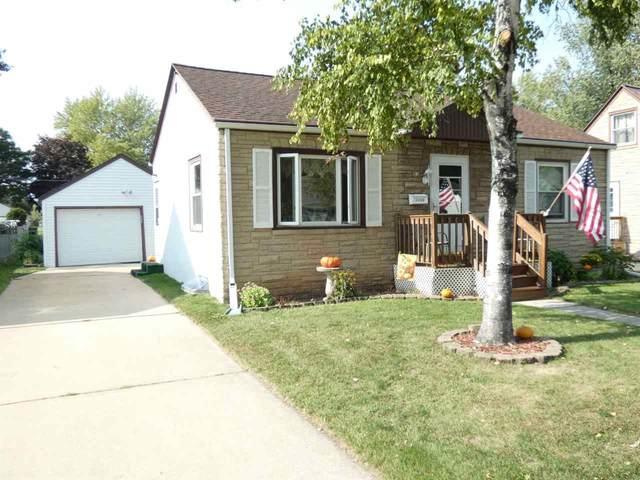 1146 Wirtz Avenue, Green Bay, WI 54304 (#50230280) :: Ben Bartolazzi Real Estate Inc