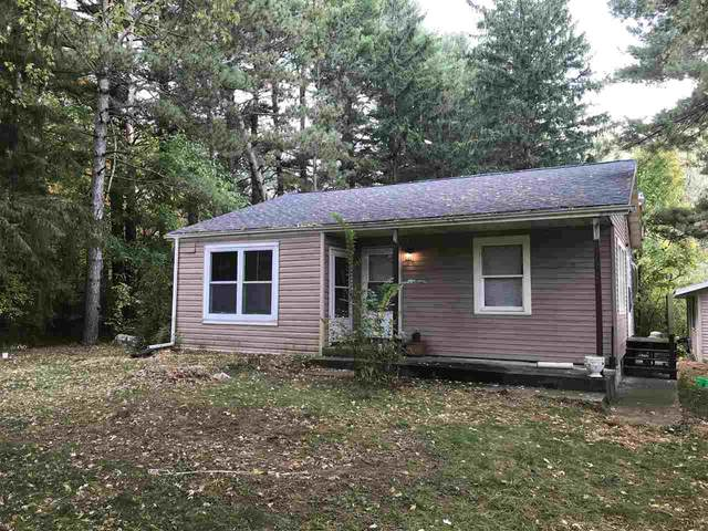 W7877 Hwy 152, Wautoma, WI 54982 (#50230325) :: Dallaire Realty