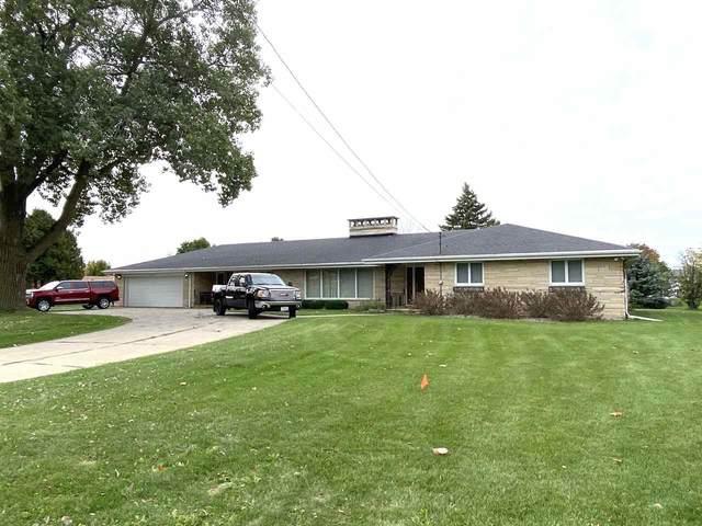 2846 Manitowoc Road, Green Bay, WI 54311 (#50230339) :: Ben Bartolazzi Real Estate Inc