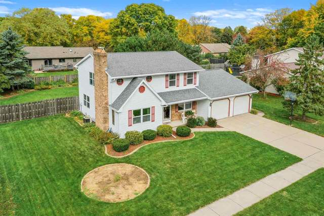 126 Acreview Drive, De Pere, WI 54115 (#50230357) :: Todd Wiese Homeselling System, Inc.