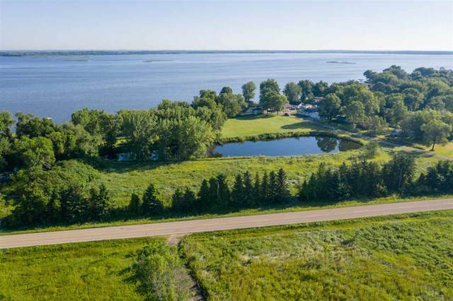 Labelle Shore Road, Winneconne, WI 54986 (#50230424) :: Todd Wiese Homeselling System, Inc.