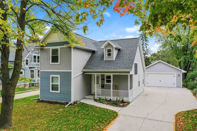 327 S Quincy Street, Green Bay, WI 54301 (#50230444) :: Ben Bartolazzi Real Estate Inc