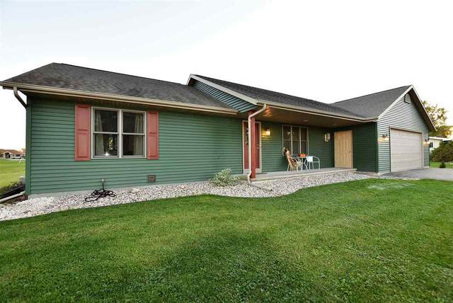 W6788 N Eastwood Street, Van Dyne, WI 54979 (#50230681) :: Ben Bartolazzi Real Estate Inc