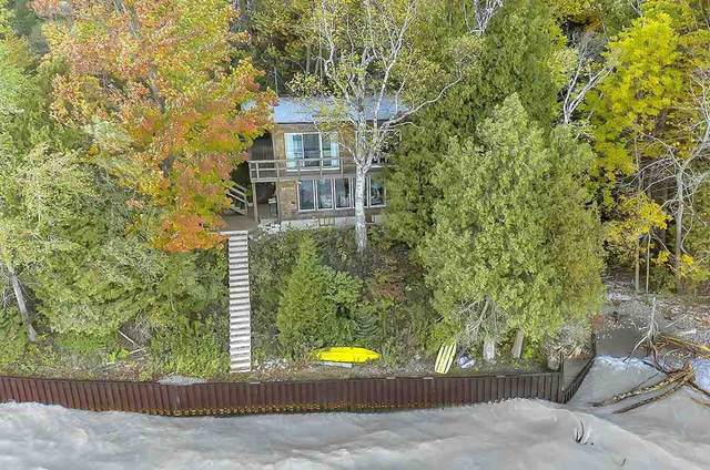 N2850 Lakeshore Road, Kewaunee, WI 54216 (#50230769) :: Todd Wiese Homeselling System, Inc.