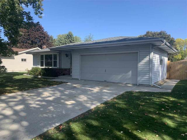 1701 N 25TH Street, Sheboygan, WI 53081 (#50230784) :: Ben Bartolazzi Real Estate Inc