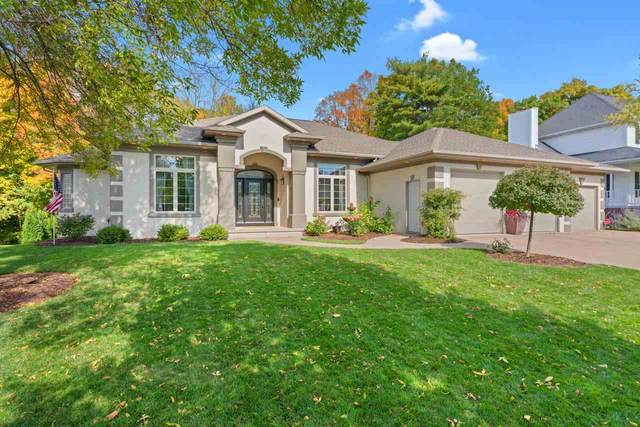 2645 Teresa Drive, Green Bay, WI 54311 (#50230816) :: Todd Wiese Homeselling System, Inc.