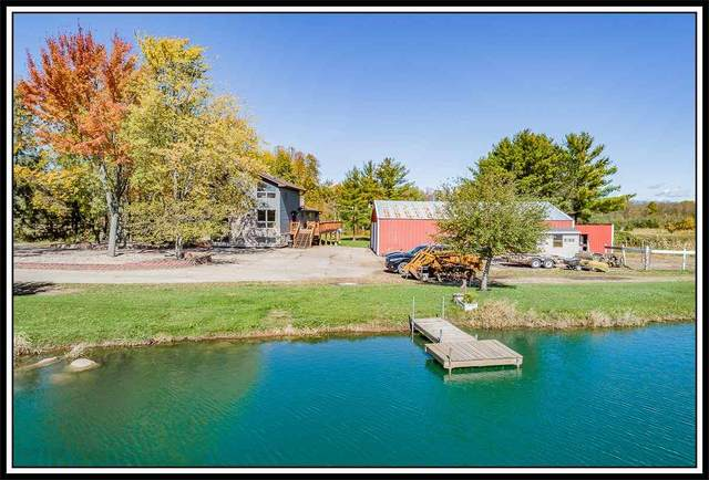 E7402 Doud Road, New London, WI 54961 (#50230949) :: Dallaire Realty