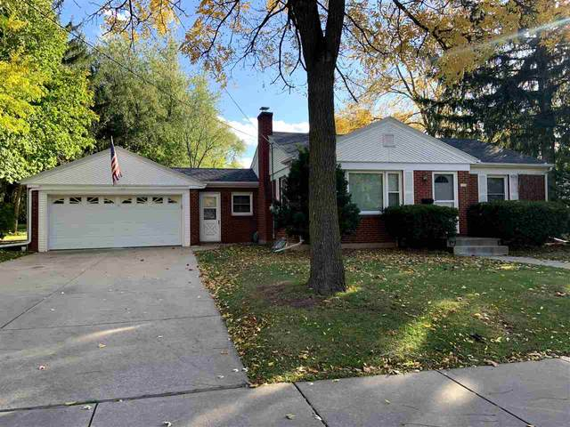 1326 George Street, De Pere, WI 54115 (#50230986) :: Todd Wiese Homeselling System, Inc.