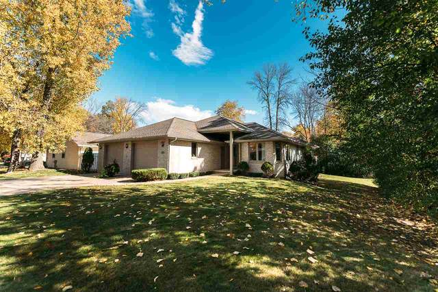 1991 Wood Lane, Green Bay, WI 54304 (#50230998) :: Todd Wiese Homeselling System, Inc.