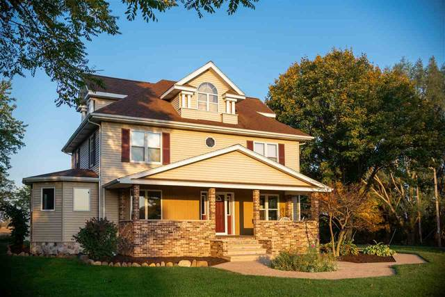 6021 Country Club Road, Oshkosh, WI 54902 (#50231098) :: Ben Bartolazzi Real Estate Inc