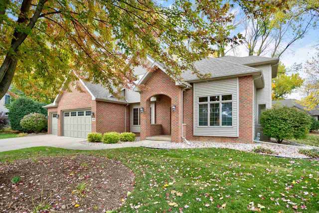 2419 Maple Grove Drive, Neenah, WI 54956 (#50231105) :: Ben Bartolazzi Real Estate Inc