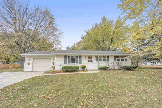 329 Nancy Lane, Pulaski, WI 54162 (#50231139) :: Ben Bartolazzi Real Estate Inc