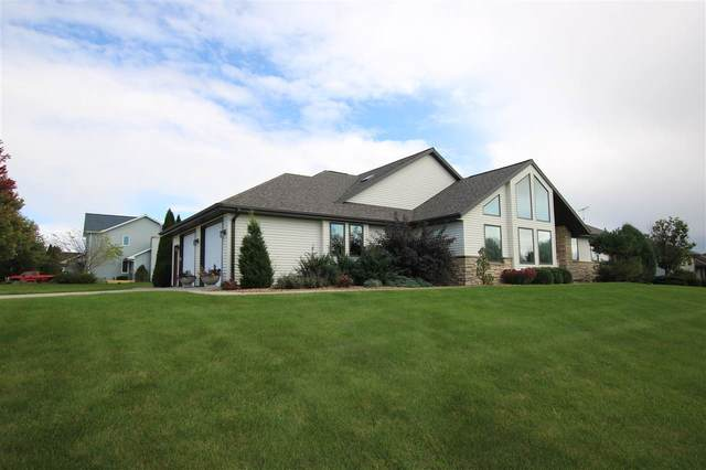 705 Country Club Lane, Fond Du Lac, WI 54935 (#50231161) :: Dallaire Realty