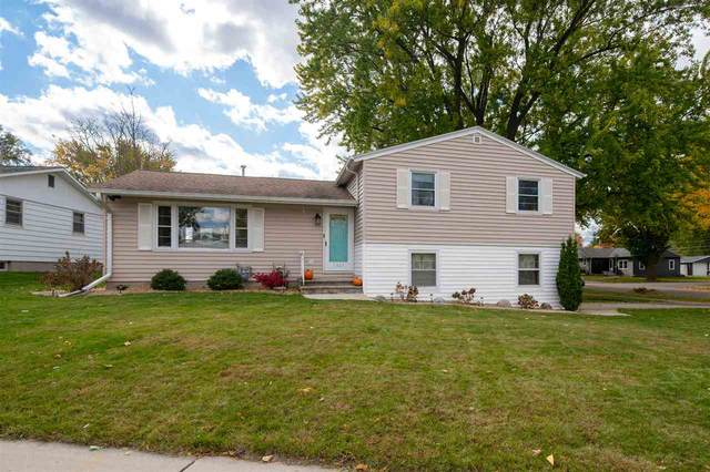 1327 Liberty Street, Green Bay, WI 54304 (#50231215) :: Todd Wiese Homeselling System, Inc.