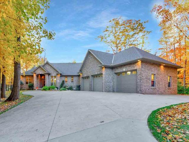 2860 River Forest Hills Drive, Pulaski, WI 54162 (#50231271) :: Ben Bartolazzi Real Estate Inc