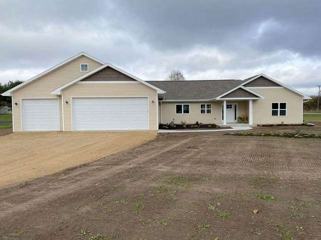 W7910 Koeller Lane, Shawano, WI 54166 (#50231396) :: Ben Bartolazzi Real Estate Inc