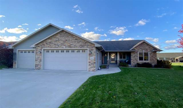 W4841 Guernsey Drive, Sherwood, WI 54169 (#50231398) :: Dallaire Realty