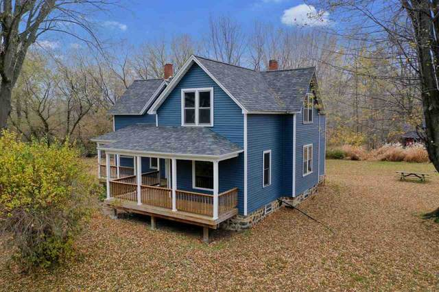 4320 Geano Beach Road, Little Suamico, WI 54141 (#50231403) :: Symes Realty, LLC