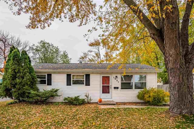 1231 E Sylvan Avenue, Appleton, WI 54915 (#50231428) :: Dallaire Realty