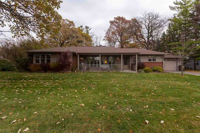 1594 N Oakwood Road, Oshkosh, WI 54904 (#50231445) :: Ben Bartolazzi Real Estate Inc