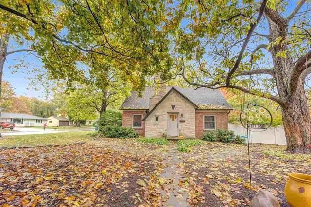 3801 S Clay Street, Green Bay, WI 54301 (#50231451) :: Ben Bartolazzi Real Estate Inc