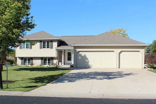N2287 Holy Hill Drive, Greenville, WI 54942 (#50231471) :: Ben Bartolazzi Real Estate Inc