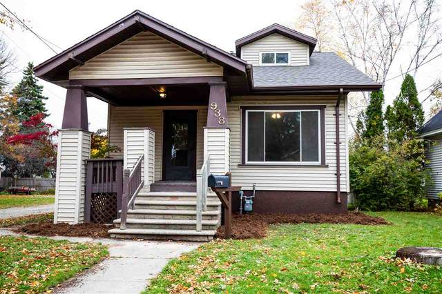 938 Howard Street, Green Bay, WI 54303 (#50231472) :: Dallaire Realty