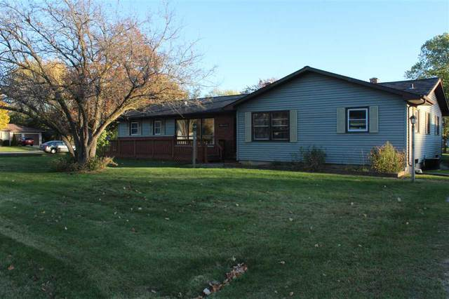 1621 Jennie Street, Menasha, WI 54952 (#50231516) :: Ben Bartolazzi Real Estate Inc