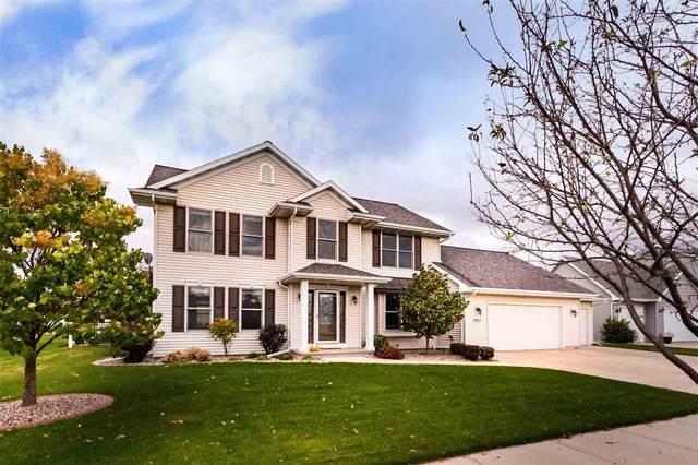 1613 Lone Oak Drive, Neenah, WI 54956 (#50231561) :: Todd Wiese Homeselling System, Inc.