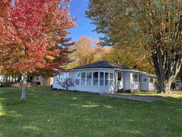 W4782 Swan Acre Drive, Shawano, WI 54166 (#50231563) :: Ben Bartolazzi Real Estate Inc