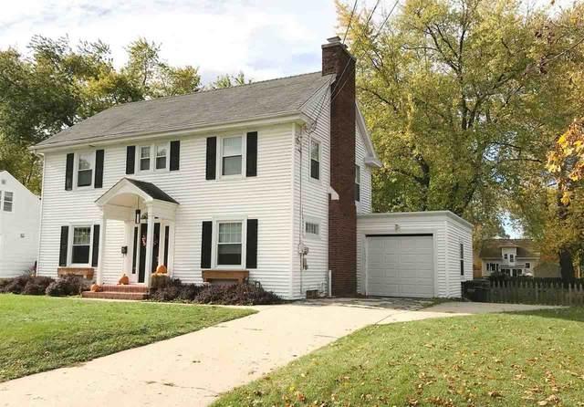 2358 Jourdain Lane, Green Bay, WI 54301 (#50231590) :: Todd Wiese Homeselling System, Inc.