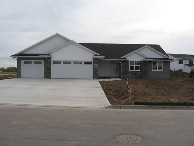 1140 Applewood Drive, De Pere, WI 54115 (#50231612) :: Ben Bartolazzi Real Estate Inc
