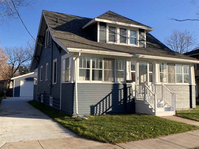 217 W 3RD Street, Shawano, WI 54166 (#50231700) :: Todd Wiese Homeselling System, Inc.