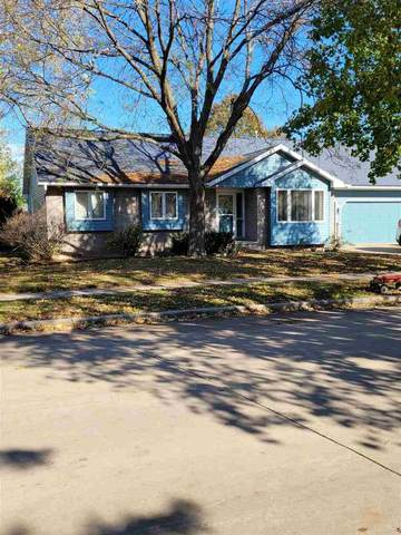 1642 W Homestead Drive, Appleton, WI 54914 (#50231713) :: Dallaire Realty