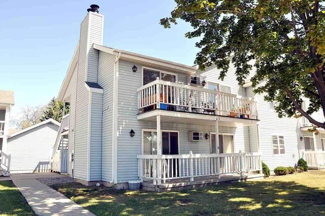 613 Adams Street #15, Neenah, WI 54956 (#50231730) :: Todd Wiese Homeselling System, Inc.