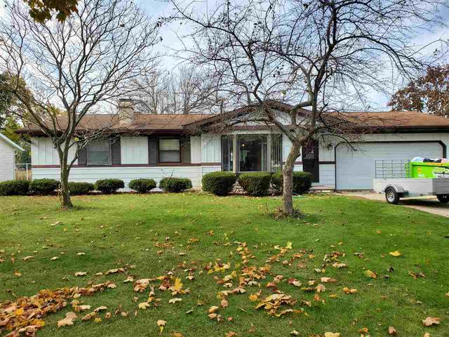 436 Robert Lane, Green Bay, WI 54311 (#50231732) :: Todd Wiese Homeselling System, Inc.
