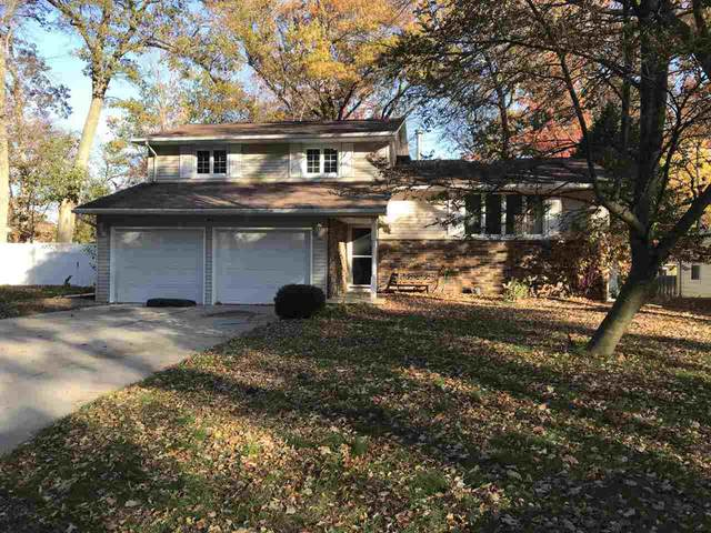 2580 Dunbar Lane, Green Bay, WI 54304 (#50231734) :: Ben Bartolazzi Real Estate Inc