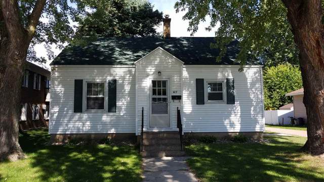407 E Center Street, Shawano, WI 54166 (#50231766) :: Todd Wiese Homeselling System, Inc.