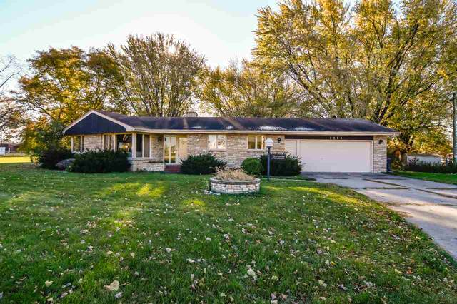 1111 W North Avenue, Appleton, WI 54911 (#50231771) :: Todd Wiese Homeselling System, Inc.