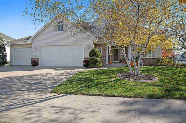 4932 N Waterford Drive, Appleton, WI 54913 (#50231773) :: Todd Wiese Homeselling System, Inc.