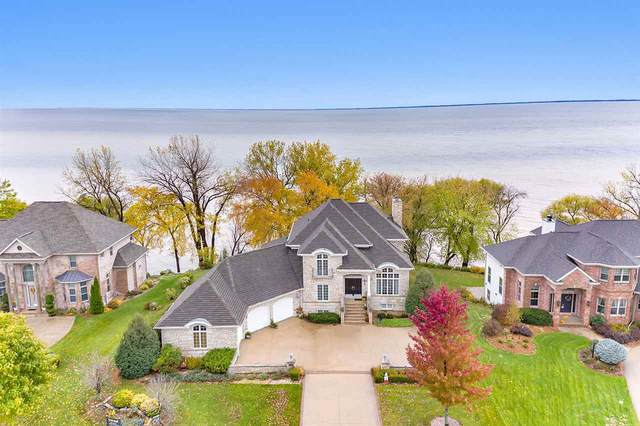 N7893 Edgewater Court, Sherwood, WI 54169 (#50231774) :: Todd Wiese Homeselling System, Inc.