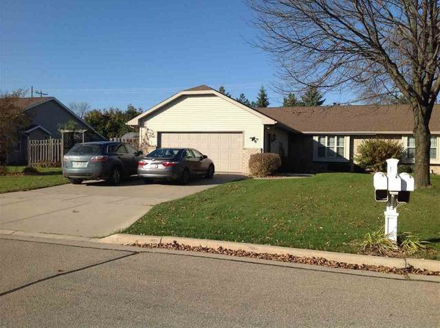 2320 Sugarbridge Court, Menasha, WI 54952 (#50231780) :: Todd Wiese Homeselling System, Inc.