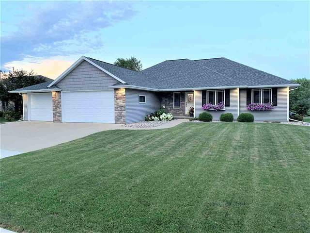 1532 Remington Road, Neenah, WI 54956 (#50231785) :: Todd Wiese Homeselling System, Inc.