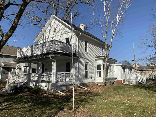 316 E 7TH Street, Kaukauna, WI 54130 (#50232105) :: Carolyn Stark Real Estate Team