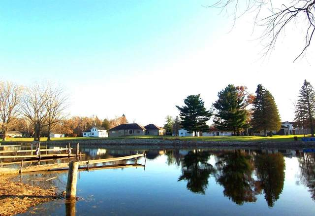 Sunset Beach Road, Suamico, WI 54173 (#50232140) :: Town & Country Real Estate